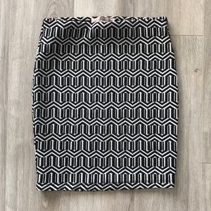 Black and white Aztec pattern pencil skirt